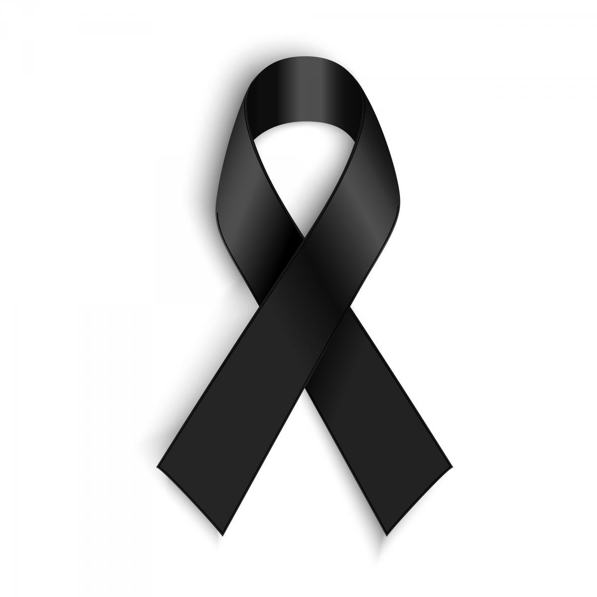 Cosa significa il nastro nero simbolo di lutto? - NotizieSecche: Frasi, aforismi e citazioni